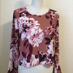 Coral Floral print bell sleeves blouse